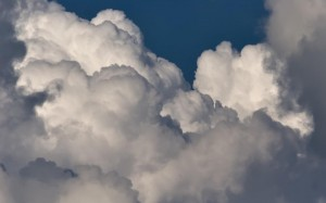 clouds-cumulus-building1.jpg